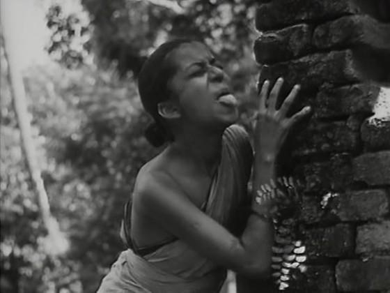Durga, Apu's rascally elder sister